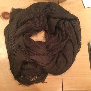 🚨Olive Green Infinity Scarf